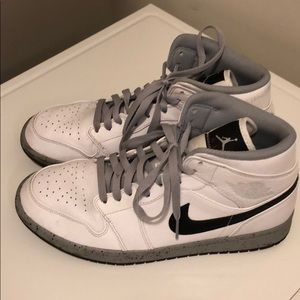 Nike Air Jordan's Men's 9.5 barely worn